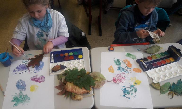 Bunte Herbstblätter in der 1a